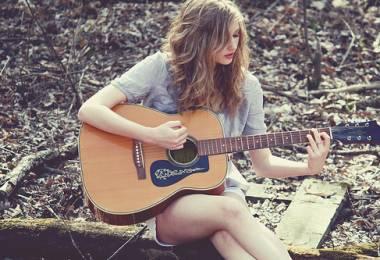 Những câu hỏi thường gặp khi mới học Guitar